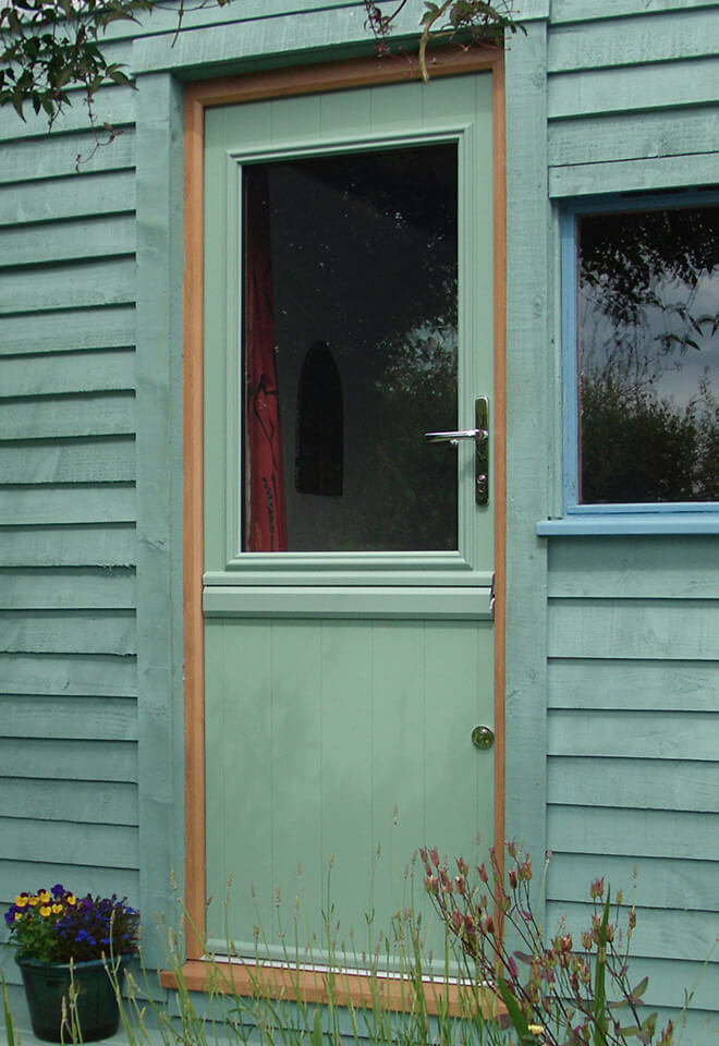 Green stable door installation