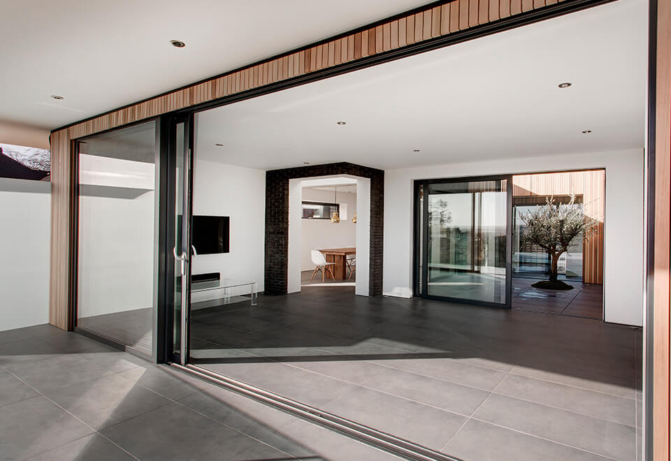 An open aluminium lift & slide door