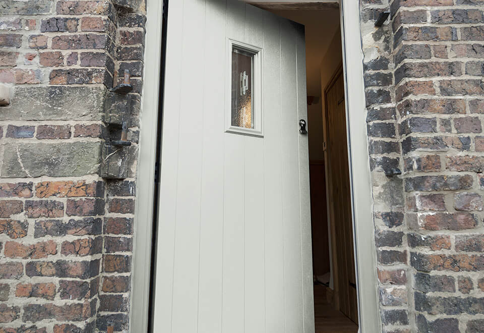 Painswick composite entrance door